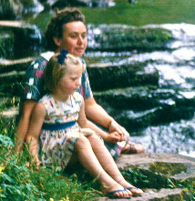 Vanished: a thousand words for my mum (memoir)